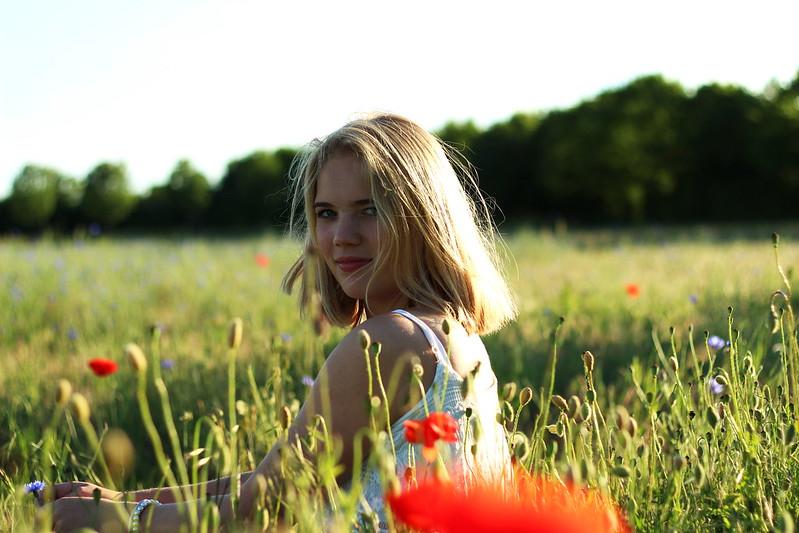 Alisha Mohnfeld mit Sonne juni 2015 039gimp