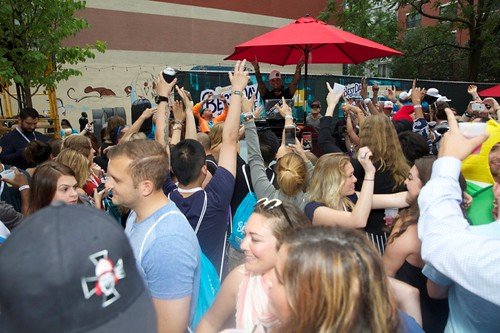 Crowd Cheers for Pauly D_Photo Credit Thrillist