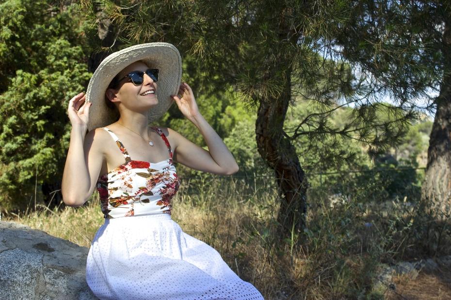 lara-vazquez-mad-lula-style-fashoin-blog-moda-streetstyle-look-hat-glamour-attire