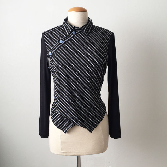black diagonal stripe top front view