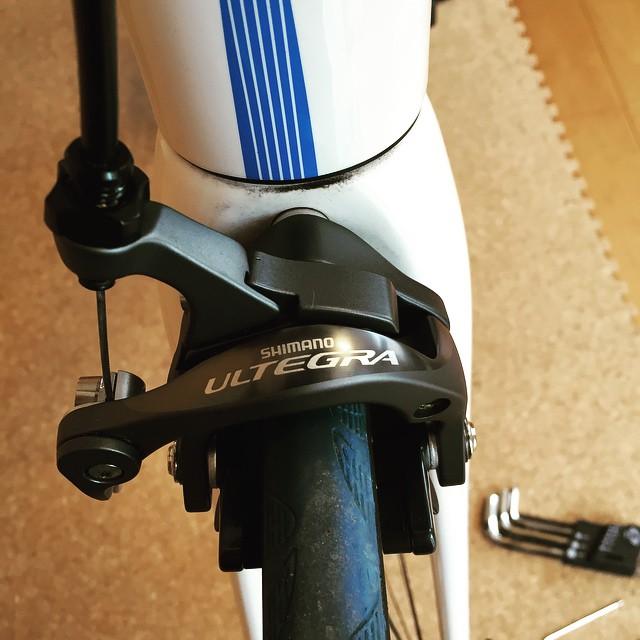 ブレーキをアルテグラに換装