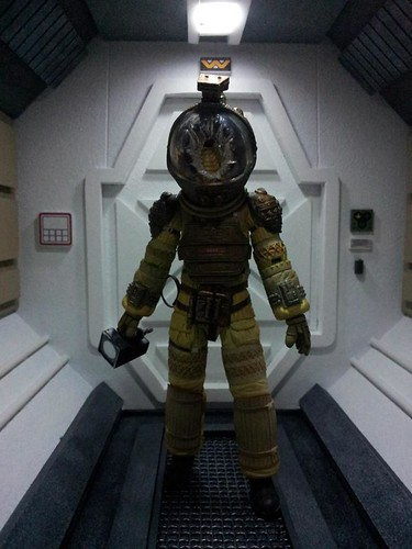 Custom made dioramas by Louise Townend - Alien