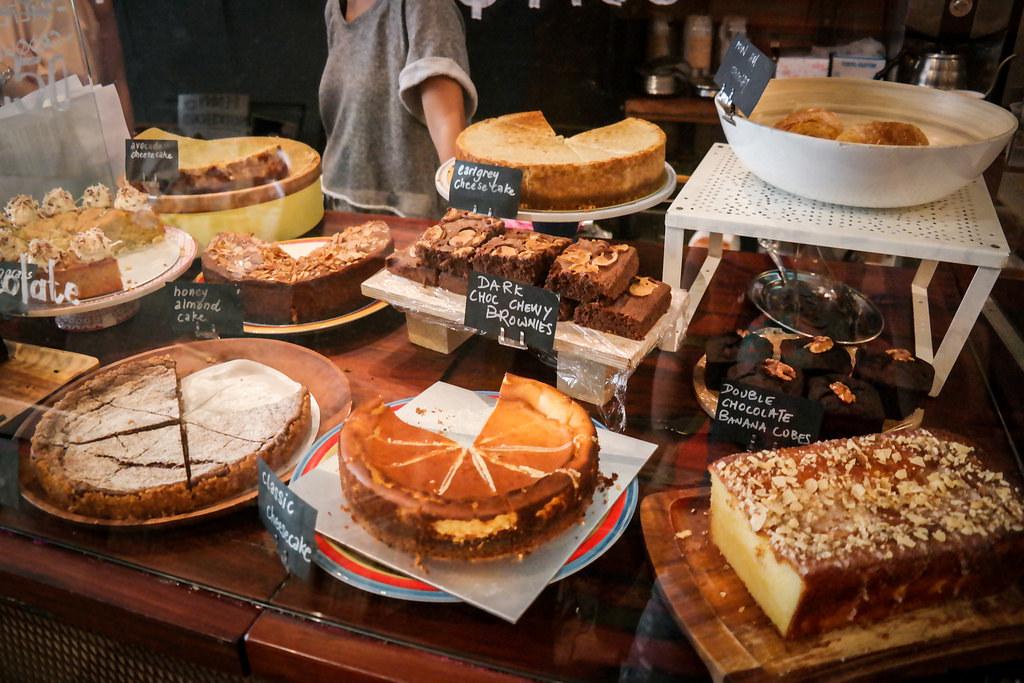 penny-university-cakes
