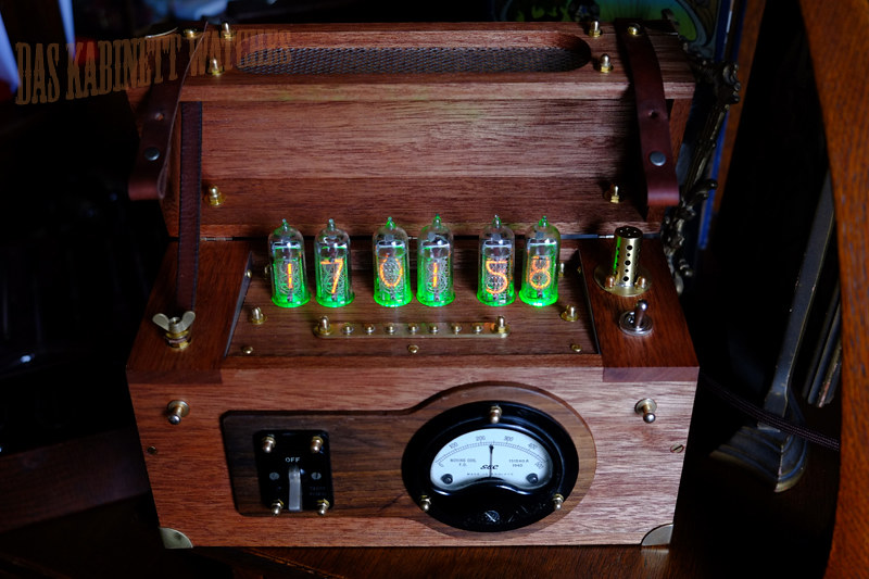 Switchbox Steampunk WW2 Style Nixie Tube Clock
