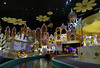 Disneyland Hongkong - Small World multiculture