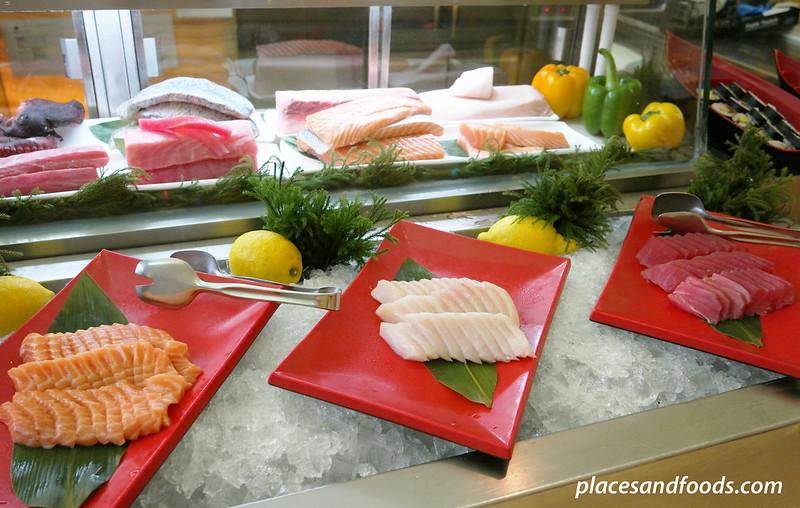 traders hotel kl gobo chit chat sashimi sushi station