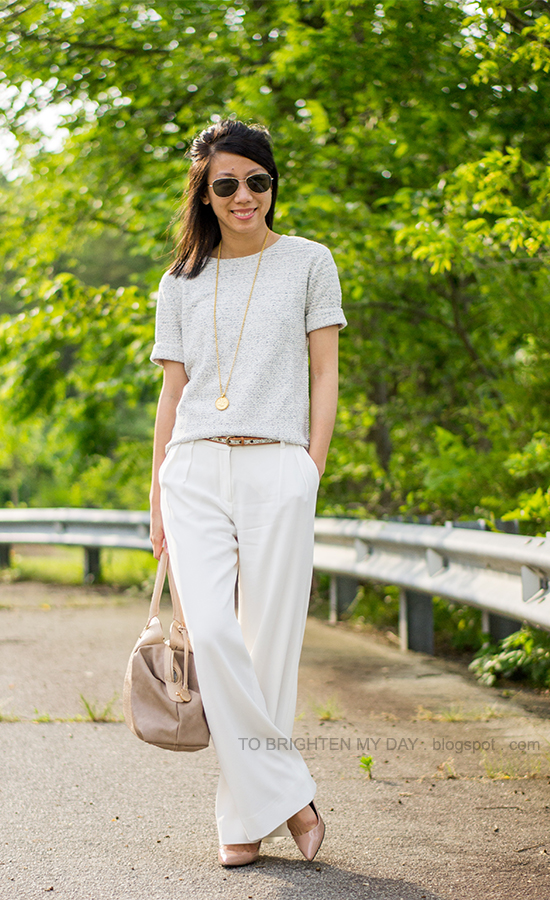 gray short sleeve sweater, glitter belt, white trousers