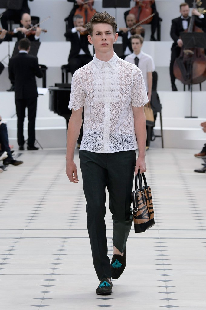 SS16 London Burberry Prorsum034_Kai Perry(fashionising.com)