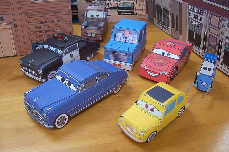Papercraft CARS Movie Vehicles