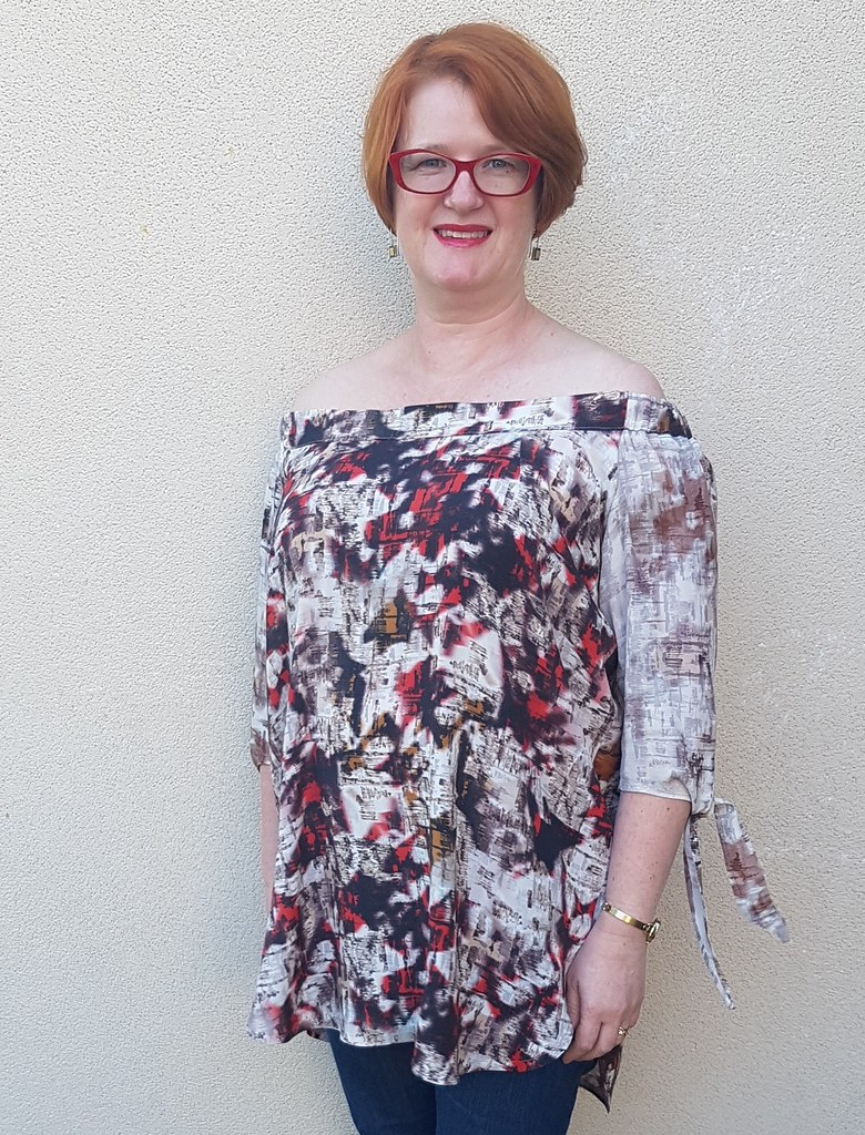 Hot Patterns Fast and Fabulous Metropolitan Urban Gypsy top in fabric from Darn Cheap Fabrics $2 table