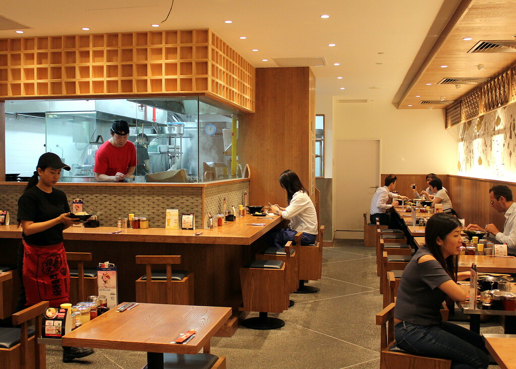 machida-shoten-interior