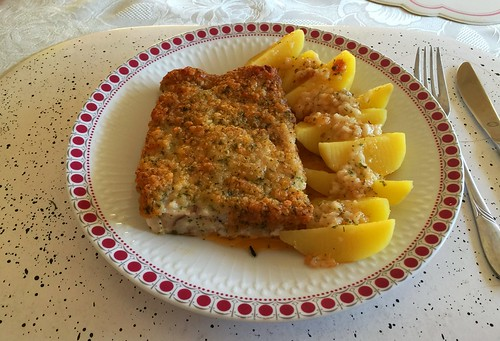 Fish filet Bordelaise & potatoes / Fischfilet Bordelaise & Kartoffeln
