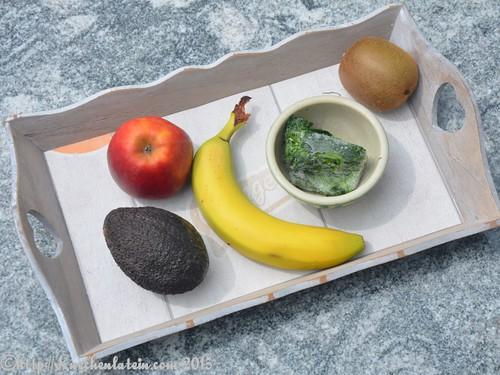 © Apfel, Banane, Kiwi, Avocado, Spinat