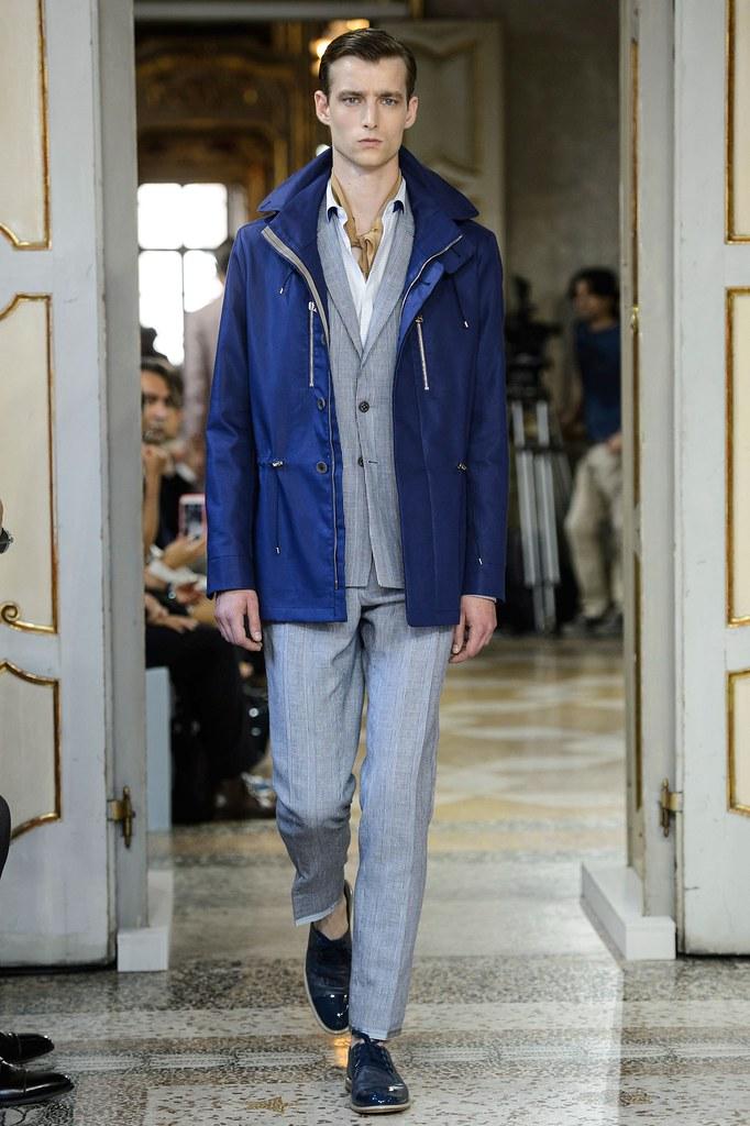 SS16 Milan Corneliani025_Laurie Harding(fashionising.com)