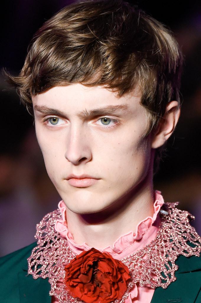 SS16 Milan Gucci139_Jesper Trip(fashionising.com)