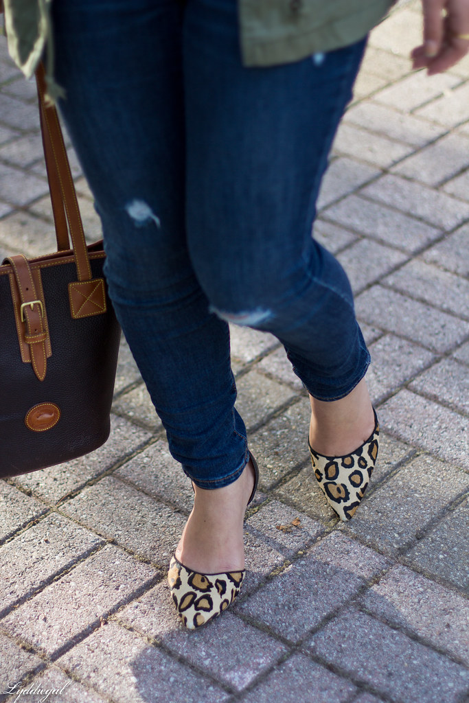utility jacket, denim, leopard pumps black tee-9.jpg