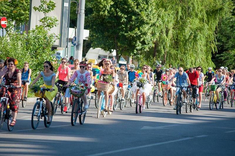 Biciclistele1