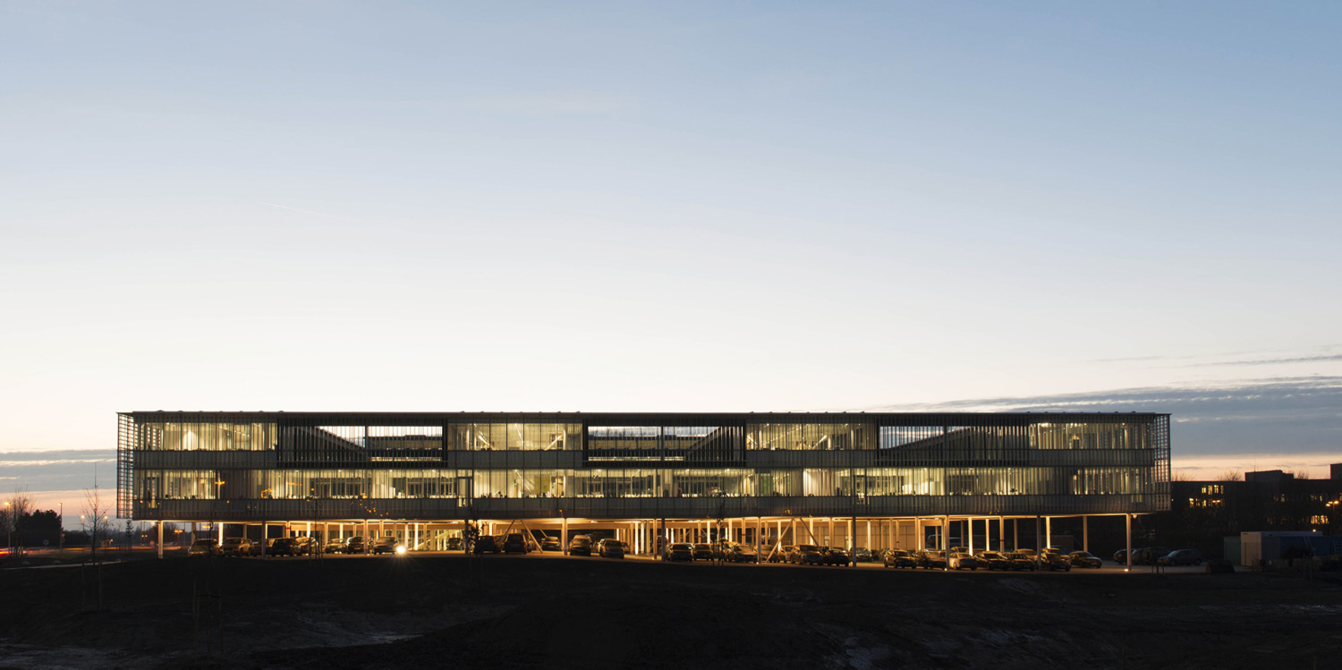 mm_Head Office of AGC Glass Europe  design by SAMYN and PARTNERS_03