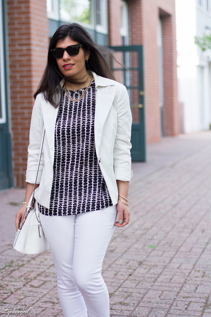 white jeans, white blazer, black and white blouse-4.jpg