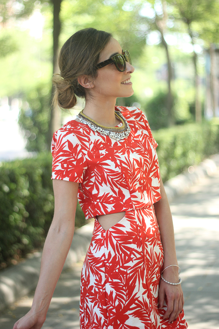 White and Red Summer Dress10