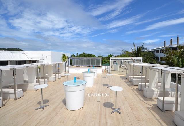 tides hotel boracay solstice sun lounge