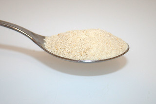 07 - Zutat Semmelbrösel / Ingredient breadcrumbs