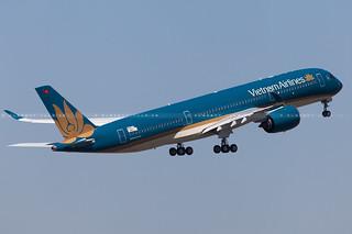 Vietnam Airlines Airbus A350-941 cn 014 F-WZFI // VN-A886