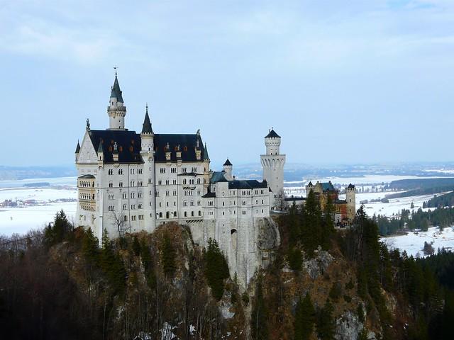 Castillo del Rey Loco (Neuschwanstein) en el sur de Baviera (Alemania)
