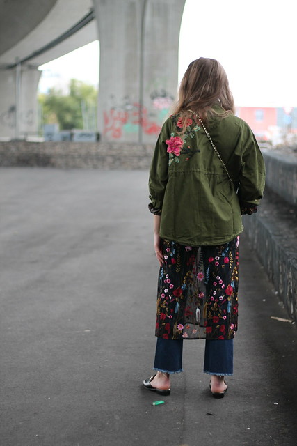 floral-patches-whole-outfit-back-wiebkembg
