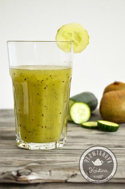 Green smoothie - Огурец и киви