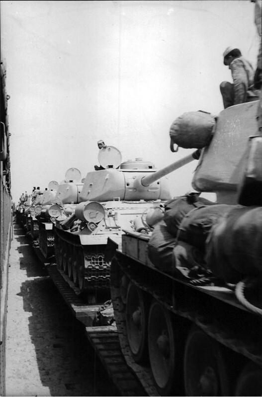 T-34-85-railroad-egypt-yp-1