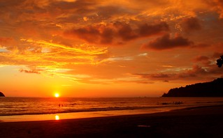 Sunset at Manuel Antonio | by H Dragon