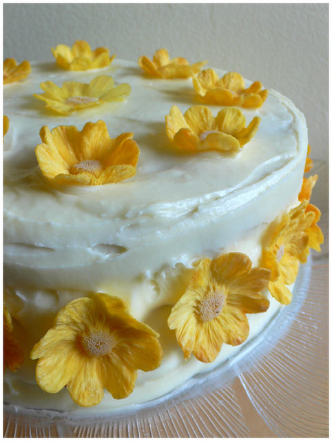 Hummingbird Cake with Dried Pineapple Flowers | Flickr - Photo Sharing ...
