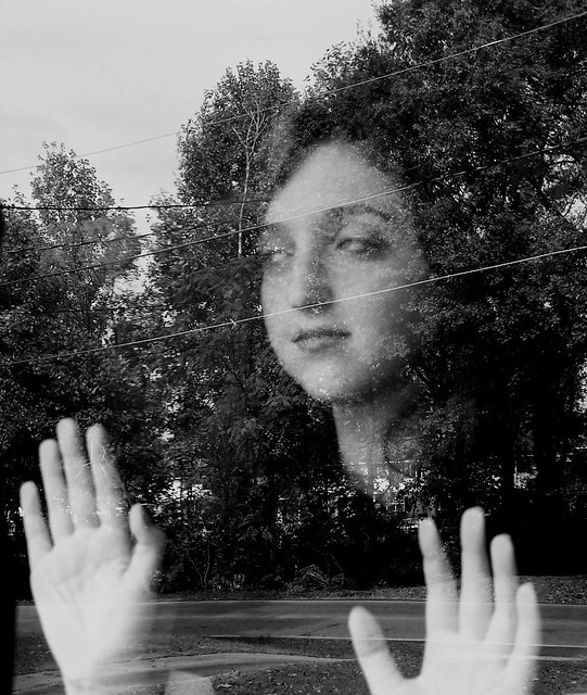 the surreal directing style of maya deren Back in 1943, a wild and highly creative woman named maya deren was writing and directing movies they were horror-ish, experimental, and all really weird.