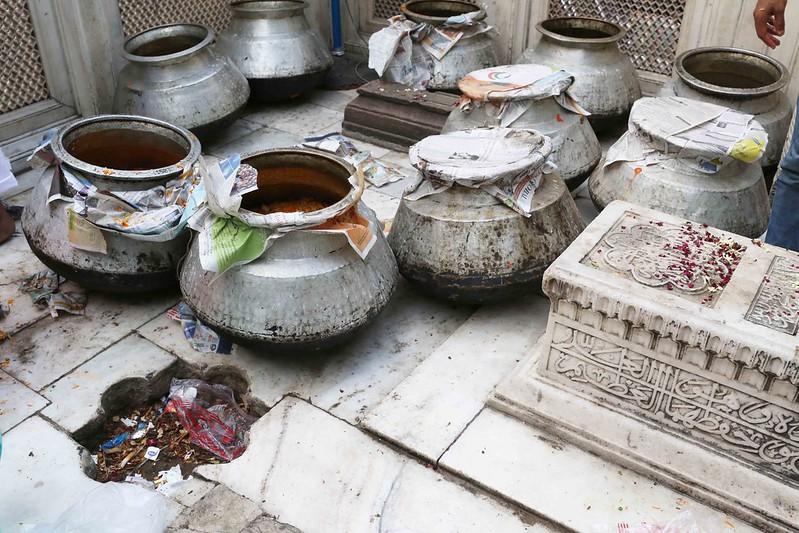 City Moment - Muhammad Shah Rangila's Biryani, Hazrat Nizamuddin Auliya's Dargah
