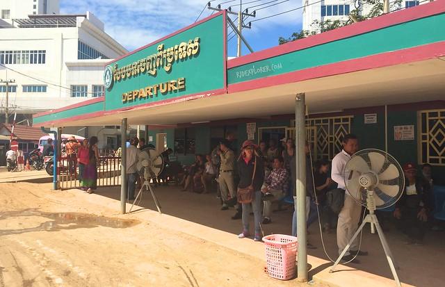 cambodia itinerary border cross cambodia thailand poipet aranyaprathet border
