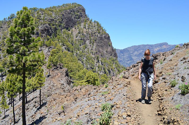 Walking at altitude above Los Llanos de Aridane, La Palma