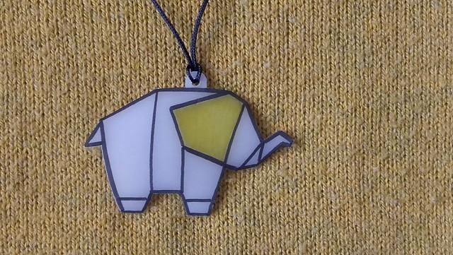 elefante origami plástico mágico