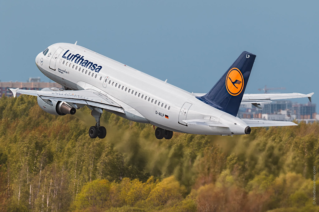 Lufthansa A319 takeoff from LED | Official planesppoting day… | Flickr