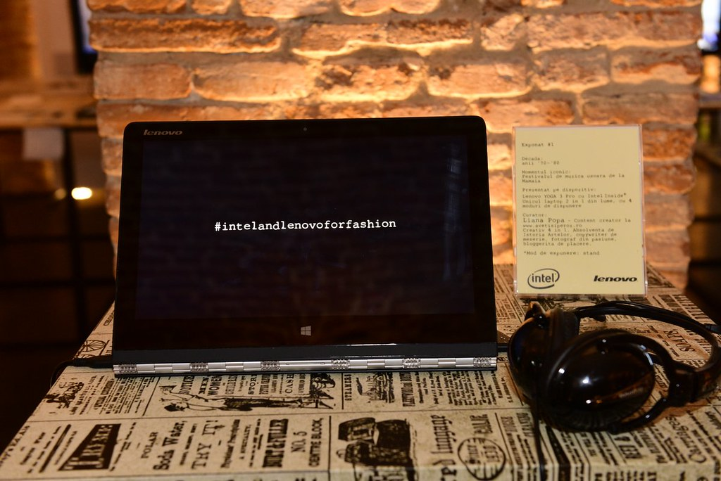 Intel & Lenovo au digitalizat istoria modei romanesti