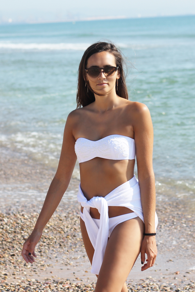 white bikini coohuco 8