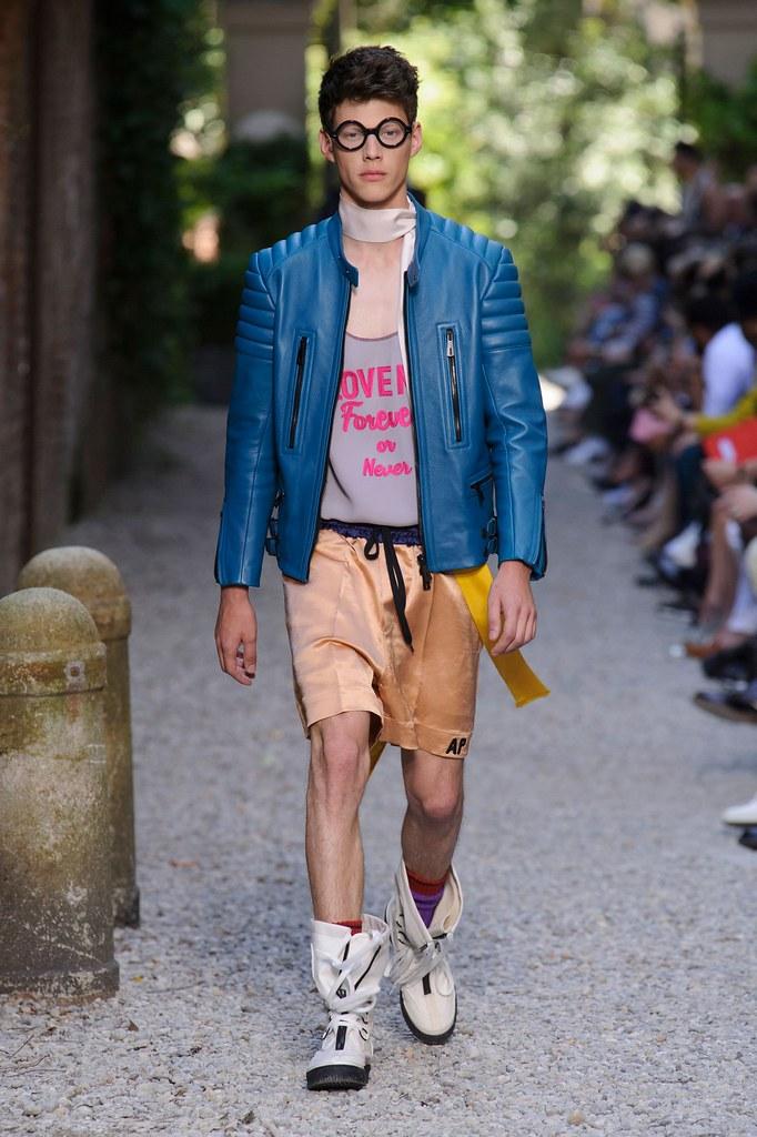 SS16 Milan Andrea Pompilio027_Nemanja Maksic(fashionising.com)