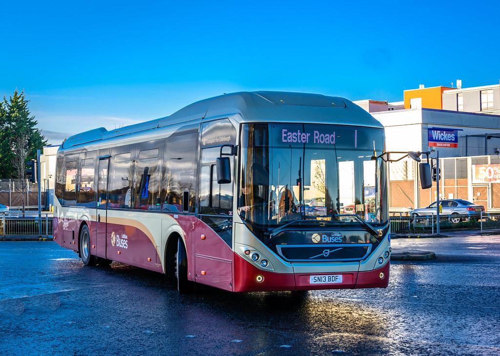 Dsc 4273 Lr Lothian Buses 5 Sn13 Bdf Volvo 7905lh