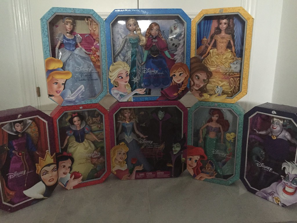 Disney signature collection doll mattel 2015 | Manuel ...