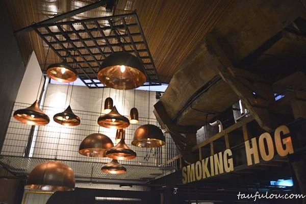 Smoking Hog (4)