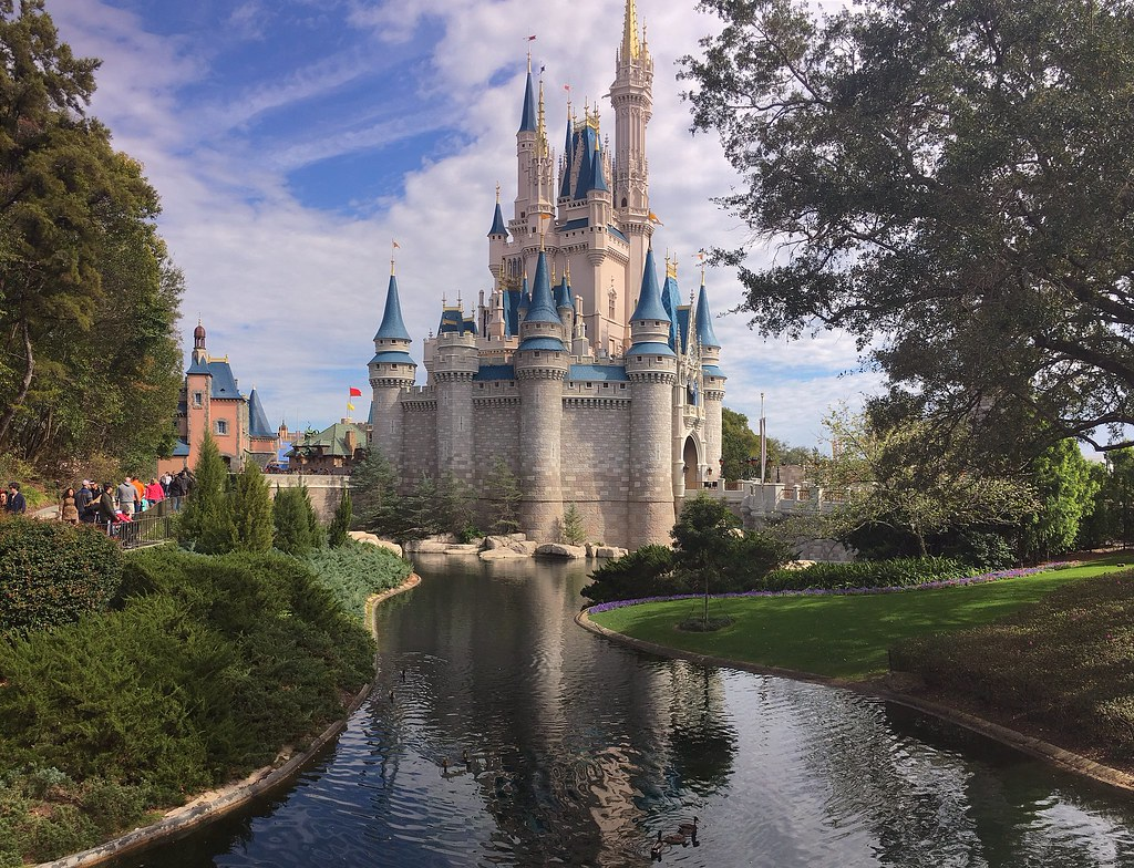 Cinderella's Castle | on a short trip to the Magic Kingdom ...