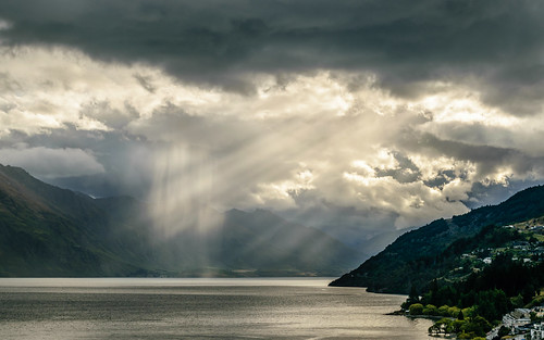 Sunbeams and Showers, Queenstown, NZ