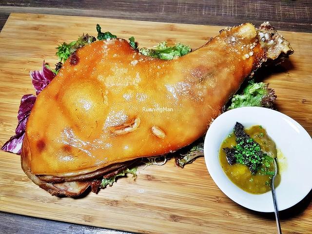 Roasted Zaragoza Pork Shoulder - Whole