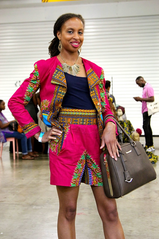 dashiki-blazer-with-matching-shorts-coords-trend-heels-and-brown-handbag,<br />