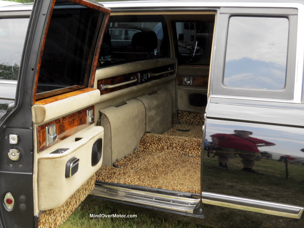 1985 zil 41045 limousine at the 2015 greenwich concours mind over motor. Black Bedroom Furniture Sets. Home Design Ideas